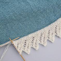 Sniker inn litt bestillingsstrikk nå i julestria, til eldstefrøkna som har teg., inn litt bestillingsstrikk nå i julestria, til eldstefrøkna som har tegnet drømmegenseren sin til meg. Knitting Daily, Knitting Stiches, Baby Knitting Patterns, Lace Knitting, Crochet Stitches, Knit Crochet, Crochet Patterns, Knitting Squares, Stitch Patterns