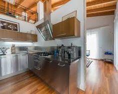 Risultati immagini per cucine acciaio e legno | Cucine | Pinterest ...