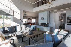 Bildegalleri av hyttemodeller fra Nordlyshytter. Cabins, Mountain, Patio, Outdoor Decor, Life, Home Decor, Decoration Home, Terrace, Room Decor