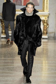 Vivienne Westwood Fall 2012 Menswear Collection Slideshow on Style.com