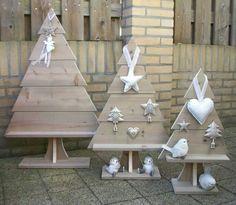 Kerstboom schutting hout