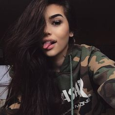 maggie lindemann, girl, and makeup image