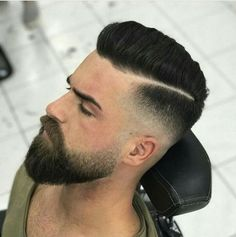 Short Hair Beard Fade - Trendy Short Hair with Beards - Cool Men's Short Haircut and Hairstyles with Beard Styles - Short, Long, Full, Thick Beards Pairing short hair and a beard can be a trendy style. In fact, men's short haircuts with beard Short Hair With Beard, Thin Hair Cuts, Thick Beard, Beard Fade, Short Hairstyles With Beard, Beard Look, Men Beard, Thick Hair, Straight Hairstyles