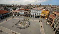 Old Town Walking Tour in Havana