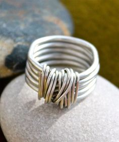 Freundschaft von carpe diem bei – wire wrapped jewelry – – M Diy Jewelry Rings, Copper Wire Jewelry, Wire Jewelry Designs, Wire Rings, Wire Wrapped Rings, Jewelry Crafts, Handmade Rings, Handmade Jewelry, Mens Ring Designs