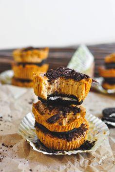 vegan-yums:    Pumpkin Cheesecake Oreo Bites... - Full Cravings