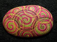 not your everyday rock painting Pebble Painting, Dot Painting, Pebble Art, Stone Painting, Stone Crafts, Rock Crafts, Arts And Crafts, Hand Painted Rocks, Painted Stones