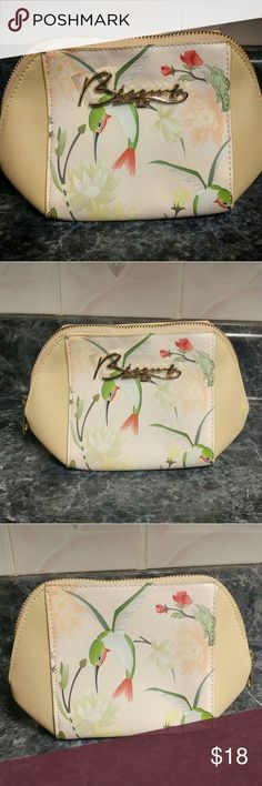 Brand New Besame cosmetics bag Throwback vintage styled makeup bag with endearing hummingbird print on front and back. Perfect size to stash your makeup favorites for daily touch ups. Besame cosmetics  Makeup Brushes & Tools