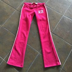 Hollister sweat pants Bright pink color, size is XS, worn less than a handful of times! Hollister Pants