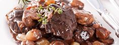 Audio With How To Pronounce Boeuf Bourguignon Correctly. Say Boeuf Bourguignon? Learn How To Pronounce Boeuf Bourguignon Correctly NOW for FREE! Rib Recipes, Slow Cooker Recipes, Cooking Recipes, Cooking Time, Dinner Recipes, Beef Bourguignon, Braised Beef Short Ribs Recipe, Fast Dinners, Beef Dishes