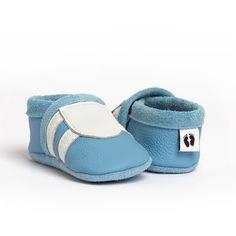 *Krabbelschuhe, Krabbelpuschen, Lauflernschuhe, Babyschuhe*    Modell: Sport  Artikel Nr.: 139  Farbe: hellblau  Applikation: weiß  Material: Rindn...