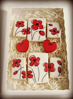 love how the cookies all fit together . Decorated Cookies With Flowers via… Fancy Cookies, Iced Cookies, Biscuit Cookies, Cute Cookies, Easter Cookies, Royal Icing Cookies, Cupcake Cookies, Cookie Favors, Heart Cookies