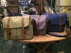 Available colors: khaki, ash grey and navy blue. Can be purchased at Madkahuna Surf Shop. Camera Bags, Camera Straps, Ash Grey, Wakeboarding, Camera Accessories, Surf Shop, Gouache, Skateboard, Messenger Bag