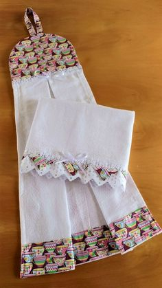 7 Glorious Tips AND Tricks: Simple Hand Bags Sewing Projects hand bags designer bottega veneta. Kitchen Towels Crafts, Dish Towel Crafts, Dish Towels, Hand Towels, Sewing Hacks, Sewing Crafts, Sewing Projects, Diy Heating Pad, Heating Pads