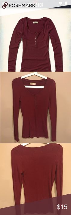Never worn Hollister size small long sleeve shirt Never worn Hollister size small long sleeve shirt Hollister Tops Tees - Long Sleeve