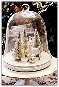 Stealing this cloche vignette immediately!