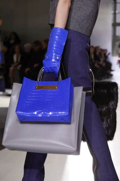 Mis Queridas Fashionistas: Balenciaga Ready To Wear Fall/Winter 2014 - Paris Fashion Week
