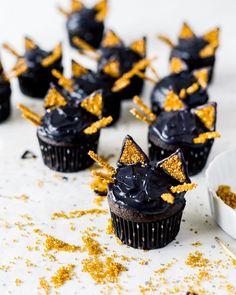 Black cat Halloween Muffins