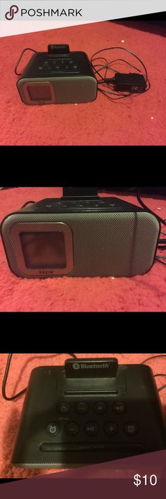 Bluetooth Radio Gently used Bluetooth alarm clock and radio. Easy to use Other