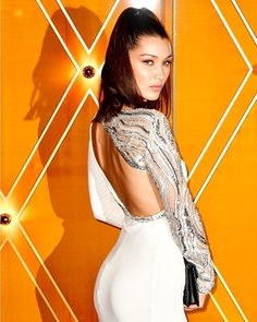 Con este look #BellaHadid (@bellahadid) fue el ángel más bonito de todos.  #MCLook : Getty Images . . . #model #cute #like #white #bulgari #robertocavalli #look #ootd #dress via MARIE CLAIRE MEXICO MAGAZINE OFFICIAL INSTAGRAM - Celebrity  Fashion  Haute Couture  Advertising  Culture  Beauty  Editorial Photography  Magazine Covers  Supermodels  Runway Models
