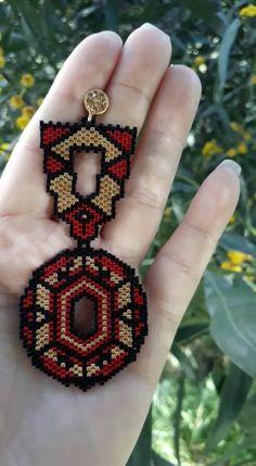 Beads bracelet pattern geometric Inca Inspiration Beads bracelet pattern geometric Inca Inspiration that by Beaded Bracelet Patterns, Bead Loom Patterns, Jewelry Patterns, Beading Patterns, Beaded Bracelets, Seed Bead Earrings, Beaded Earrings Native, Crochet Earrings, Beaded Anklets
