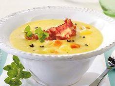 Der Klassiker unter den Suppen. Kartoffel-Creme-Suppe mit Majoran