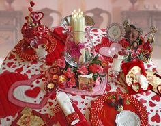 Banquet idear on pinterest elegant table settings Valentine stage decorations