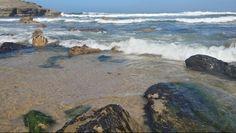 Entre rocha e mar.