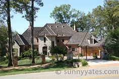 This #luxuryhome is located on #LakeNormanNC just 25 minutes from uptown Charlotte North Carolina. It's an example of craftsmanship that goes into custom #LakeNormanHomes and in #CharlotteNCHomes. Home owners on Lake Norman go the extra mile in making their dream home a reality. Custom built Lake Norman waterfront homes are the way to go. If you would like to search for a Lake Norman home or for a #CharlotteHome, call or text me at 704-737-1732 or visit my website at…