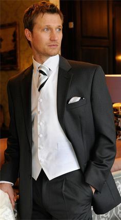 http://www.severalfashion.com/wp-content/uploads/2012/10/Charcoal-Grey-Wedding-Suits-for-Men.jpg