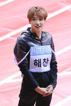 The cutest cutie to ever exist! Nct 127, Winwin, Taeyong, Jaehyun, Nct Dream, Mood, Mark Lee, My Sunshine, K Idols
