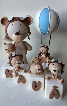 Teddy Bears Wedding Cupcake Toppers, Fondant Wedding Cakes, Fondant Cake Toppers, Fondant Cupcakes, Polymer Clay Animals, Polymer Clay Crafts, Fondant Figures, Teddy Bear Cakes, Teddy Bears