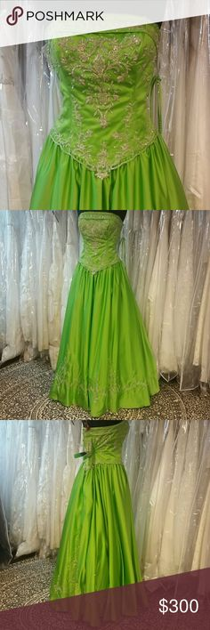 Lime Green Ballgown Brand new, authentic P.C. Mary's Bridal Quince dress, zipper back, modest neckline, silver embroidery on bodice and lining the skirt, rich satin material, can be worn with or without petticoat, great for prom, homecoming, wedding, pageants, parties, or any formal event. Designer: Mary's Bridal, size: 16, color: lime green. Includes matching shawl, purse and optional straps. Sherri Hill for exposure. Sherri Hill Dresses