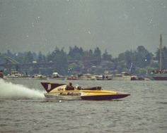 Miss Madison 1963-1971 classic unlimited class hydroplane hydroplanes hydro hydros racing boat boats