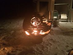 That's no moon... it's a fire pit. For Christmas this year, Redditor Jennifer Allison's   (aka Bandia5309) got a gift that would warm the heart of any Star War