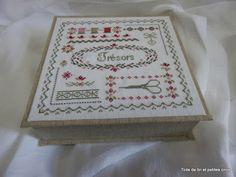 Toile de lin et petites croix: Cartonnage