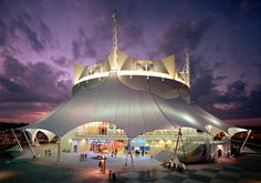 La Nouba Review: Cirque du Soleil in Downtown Disney, so glad we went, third row was so worth it!