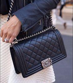534853218 Bolsa Chanel Preta, Chanel Preto, Roupas, Feminino, Carteiras, Bolsas Da  Moda