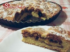 - Crostata amaretti e amarene  - Pasta frolla con un cuore di crema pasticcera, amarene ed amaretti. Per  addolcire le vostre giornate!