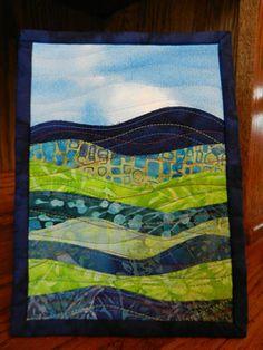 Fabric Postcards, Fabric Cards, Patchwork Quilting, Quilting Fabric, Machine Quilting, Small Quilts, Mini Quilts, Circle Quilts, Landscape Art Quilts