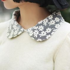 Daisy preppy fashion details for summer Alice Lace are subtle yet classic. Peter Pan Collars, Fashion Beauty, Womens Fashion, Preppy Fashion, Vogue, Retro, Fashion Details, Rockabilly, Rock And Roll