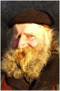 iet Greveraars (Piet de Greef). Bekend persoon in Soerendonk krantenbezorger, ca 1980