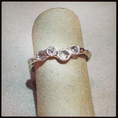 Just Jules - Twig ring in white gold with rose cut diamonds. DVVS Fine Jewelry