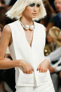 10 detalles de Paris Fashion Week #chanel #pfw #fashion http://www.studyofstyle.com/articulos/10-detalles-de-paris-fashion-week