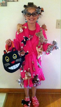 crazy cat lady halloween 2013 i saw this in person such a clever
