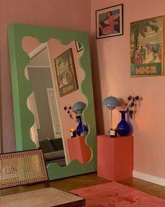 Room Ideas Bedroom, Bedroom Decor, 70s Bedroom, Design Bedroom, Danish Bedroom, Pastel Bedroom, Retro Bedrooms, Pastel Walls, Cool Room Decor