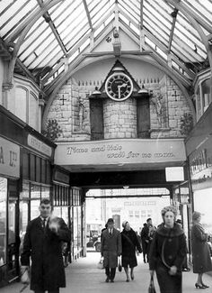 How the Grand Arcade looked in 1967 Welcome To Yorkshire, Yorkshire Day, Old Pictures, Old Photos, Derelict Places, Leeds City, Lake District, Arcade, Beautiful Places