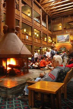 Glacier Park Inc.: Many Glacier Hotel in Glacier National Park