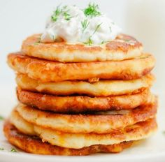 Potato Griddle Cakes Recipe is delicious, tasteful and yammi dish. Potato Griddle Cakes Recipe can be made in less than few minutes with the help Savory Breakfast, Breakfast Dishes, Breakfast Recipes, Breakfast Nook, Easy Cake Recipes, Brunch Recipes, Yummy Recipes, Brunch Ideas, Recipies