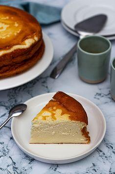 Gâteau au fromage blanc léger (et sans gluten) Recipes for kids to make Quick Dessert Recipes, Quick Easy Desserts, Easy Cookie Recipes, Baking Recipes, Dessert Healthy, Baking Desserts, Fun Recipes, Quick Snacks, Mini Desserts
